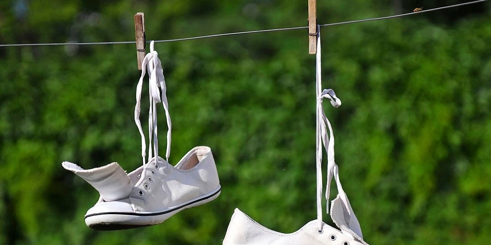 how-to-wash-tennis-shoes-3