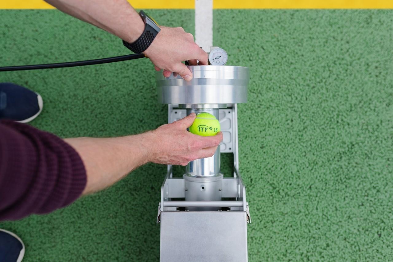 BEST-TENNIS-BALL-MACHINE-REVIEWS-1